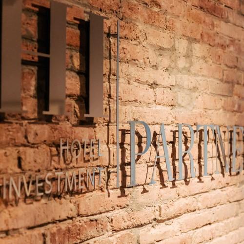 HI Partners | GE Interiorismo